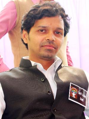 Home Tutor Yash Srivastava 226016 T9badff673c7892